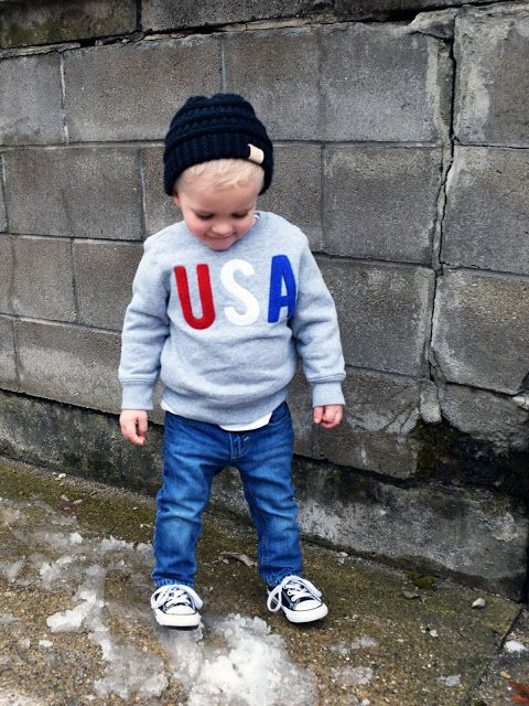 2cb5bd9151a70 Little American Casual and patriotic outfit for a toddler boy - Converse