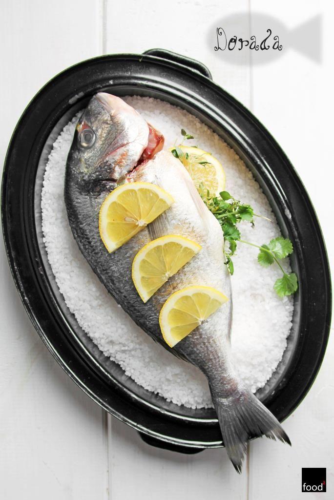 food²: Dorada pieczona w soli morskiej