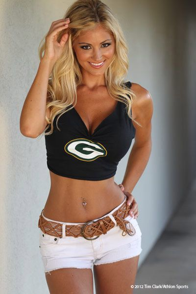Green Bay Packers Cheerleaders Sexy | Laura S. :: AthlonSports.com