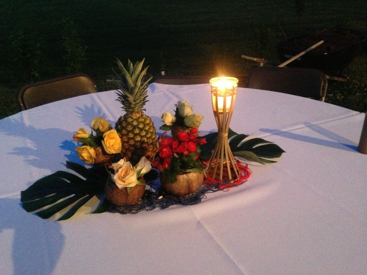 Hawaiian themed centerpiece | Party Ideas | Pinterest