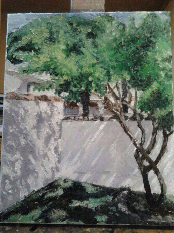 Pintura. Patio con árbol.