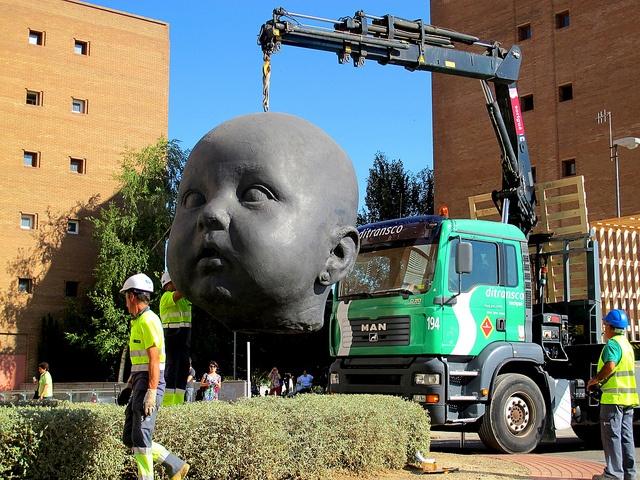 """Instalación de """"Día"""" de Antonio López en Lleida  © 2012 Fundació Sorigué All Rights Reserved"""