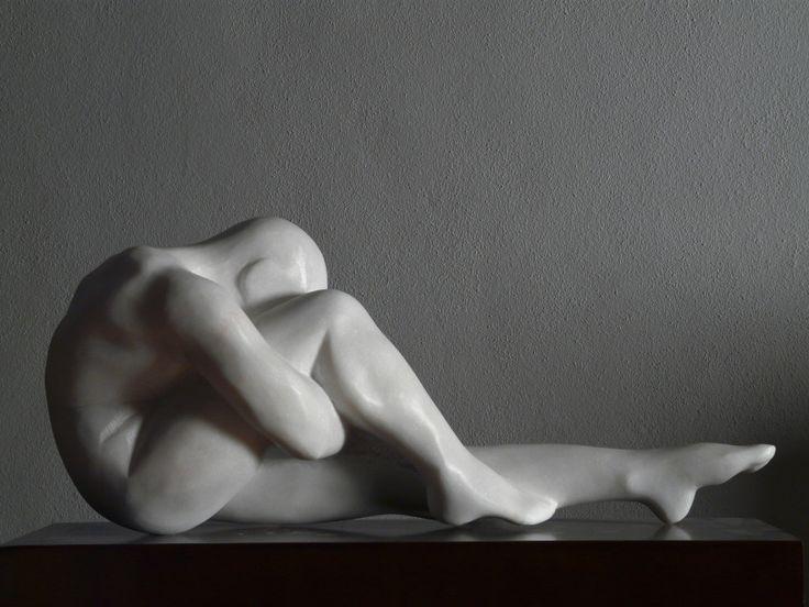 Despertar - Rogério Timóteo marble sculpture