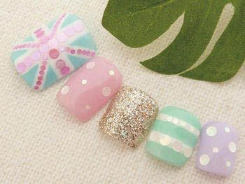 Pastel Glam Rock Nail Art