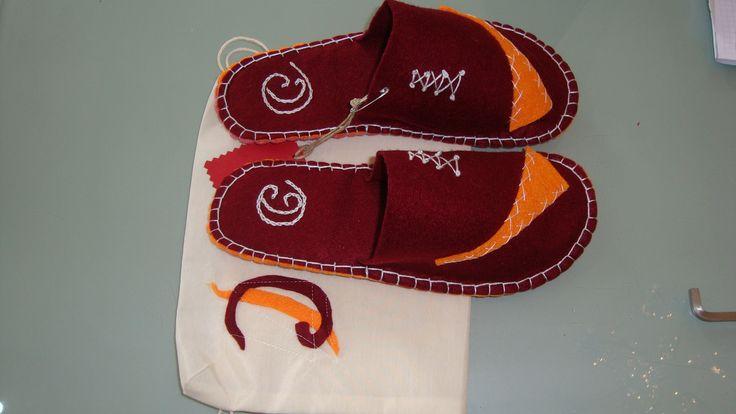 Charmy and Felt slippers. Chinelos em feltro.
