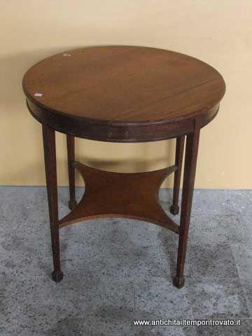 Mobili antichi - Tavoli e tavolini - Antico tavolino inglese piedi stile Luigi XVI Antico tavolino primi 900 in mogano - Immagine n°1