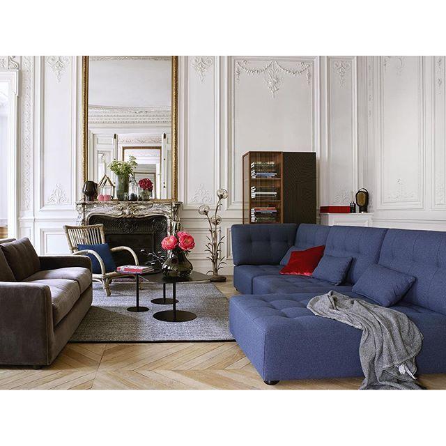 Reiko modulsoffa Loungesoffan Reiko består av olika moduler som kan monteras ihop för att skapa en soffa helt efter dina behov. Den kan vara stor eller liten, med eller utan divandel och finns i flera olika färger. Med sitt moderna uttryck tar den en självklar plats i ditt vardagsrum. Formgiven av Habitat Design Studio. Pris i detta utförande 16.800kr