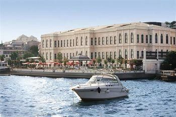 12. Four Seasons Istanbul at the Bosphorus