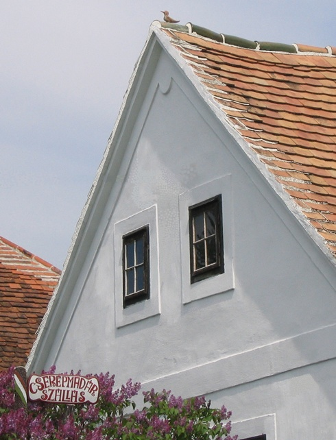 Farmhouse, Hungary // Cserépmadár Szállás, Velemér