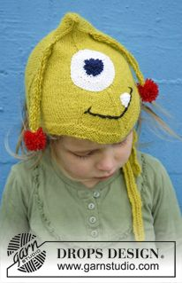 """Knitted DROPS monster hat with antennas, eyes and mouth in """"Alpaca"""". ~ DROPS Design"""