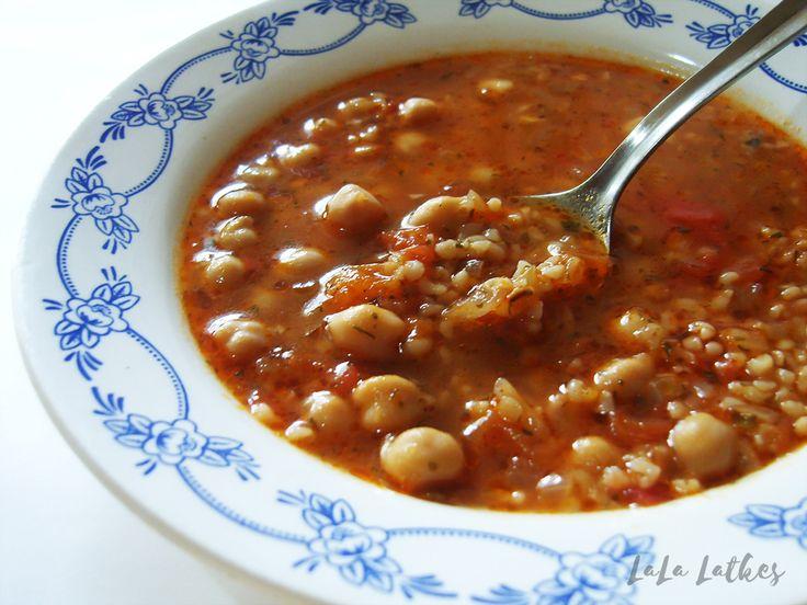 Суп с булгуром и нутом