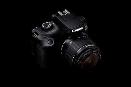 Компания Canon объявила о выпуске новых цифровых зеркальных камер Canon начального уровня: EOS 2000D и EOS 4000D первой в мире вспышки на базе инновационной технологии AI Bounce: Canon Speedlite 470EX-AI и новейшей беззеркальной камеры Canon EOS M50 с поддержкой записи 4K-видео.  Подробности читайте на сайте журнала Российское фото. Активная ссылка - в профиле. #росфото #российскоефото #rosphoto_top  via Rosphoto on Instagram - #photographer #photography #photo #instapic #instagram…
