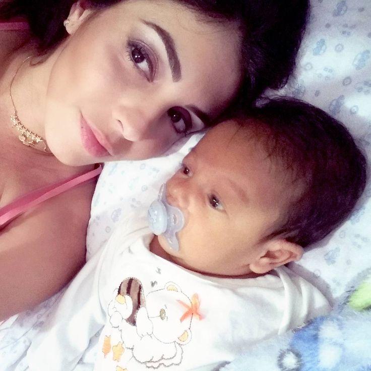 Promete ser pra sempre o meu menino Me deixar cantar pra te fazer dormir Que eu prometo que vou te cuidar pra sempre Eu te amo infinito Meu guri . . . . . .  #baby #babyboy #babyshooting #coolbaby #mylittleboy #bebek #babycute #babyblue #perfectbabies #perfectbaby #babyyy #bebes #bebekodasi #happybaby #cutekidzz #babylove #babystyle #babygirl #babyfashion #babys #babymodel #babyshower #babysitting #babies #babiesofinstagram #babieswithstyle #instababy #instakids #instakidz