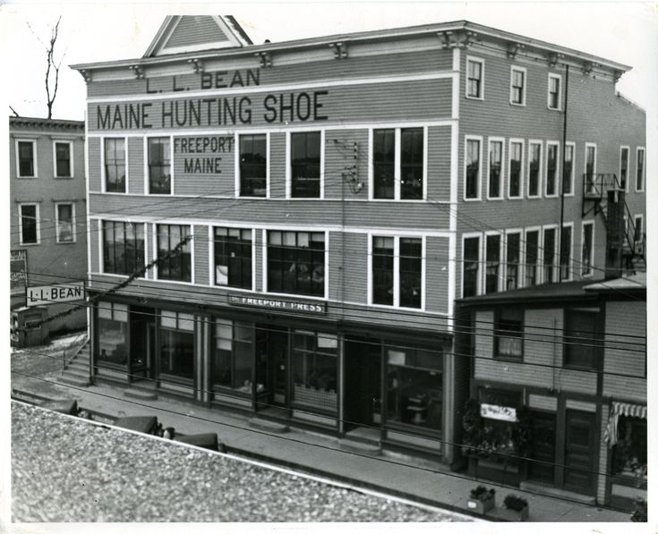 The L.L. Bean store in 1934