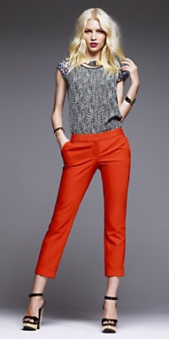 SHORT SLEEVE EASY TEE & EDITOR ANKLE PANT Ensemble from Express #alishopspinfest: Ankle Pants, Orange Pants, Short Sleeve, Cropped Pants, Work Outfits, Red Pants, Colored Jeans