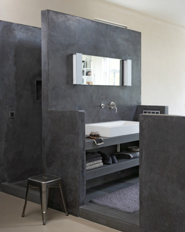 Mooie betonlook badkamer badkamer bath room pinterest concrete bathroom deco and bathroom for Deco badkamer taupe