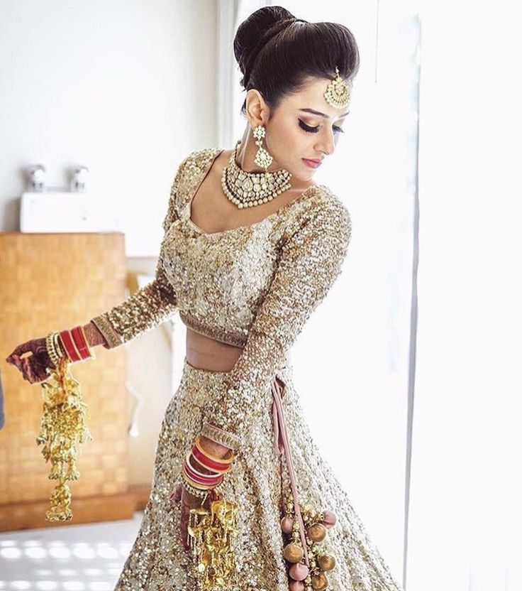 Fallen in love with this #realbride capture by @shadesphotographyindia