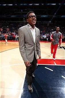 This is how you look sharp! Bradley Beal showing off his style.