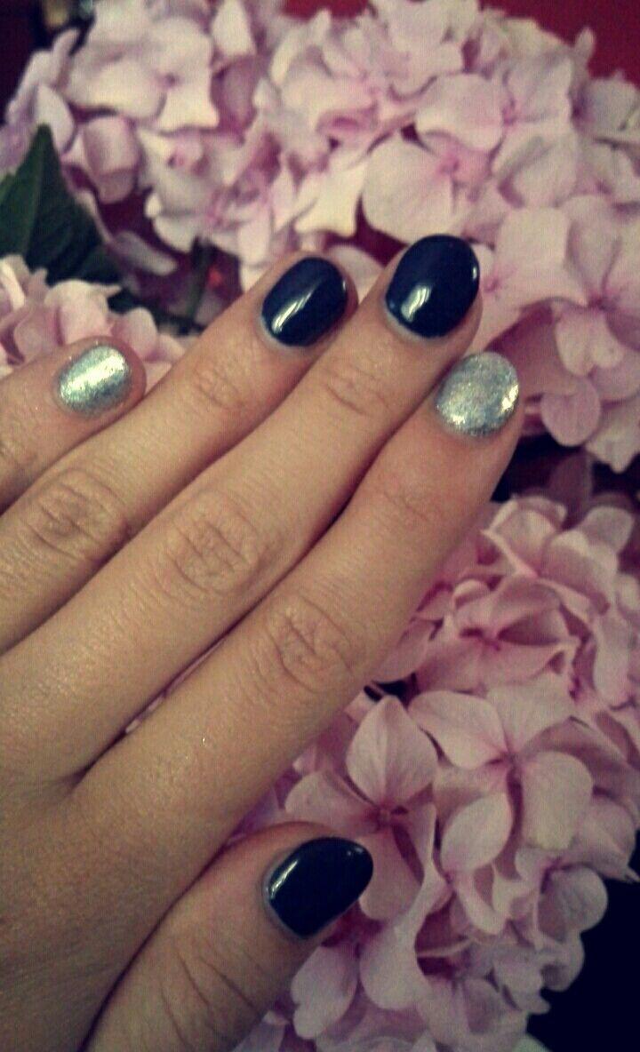 Silver holoeffect nails grey neonails indigo