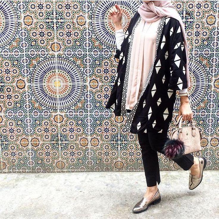 "Hijab Fashion on Instagram: ""@saris_hh @saris_hh"""