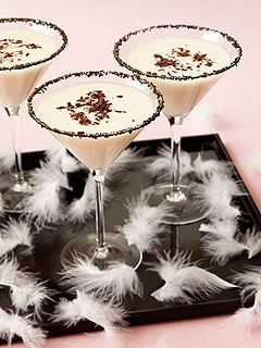 Oscars 2011: Black Swan-Inspired Cocktail Recipe : People.com