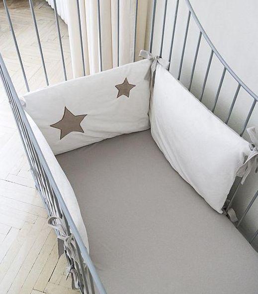 Dwustronny pikowany ochraniacz do łóżeczka Gwiazda Ekologiczne Pieluszki Muumi