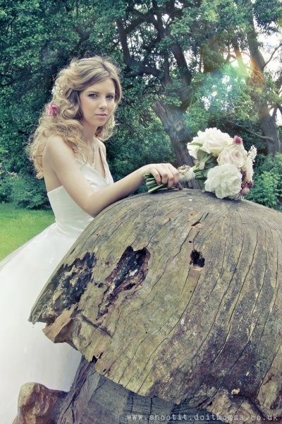 This beautiful wedding dress is being auctioned today - the highest bid right now is ONLY 65 gbp (about 100 dollars)! And the proceeds go to charity! Take a look and share it if you will :) http://shootit.doitmomma.co.uk/2012/07/charity-dress-auction/ #wedding dress