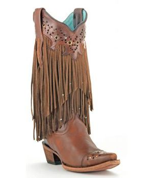 Oh how we love these Corral Fringe Boots! #corralboots #fringe #thewesterner