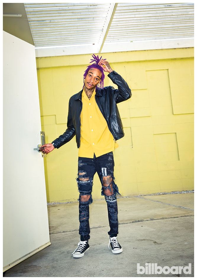 Wiz Khalifa's Fall Style-Promoting his fifth studio album Blacc Hollywood, Wiz Kahlifa connects with Pret-a-Reporter, the joint fashion voice of Billboard and The Hollywood Reporter. Hot on the heels of his public divorce with Amber Rose and statement making purple dreads, Wiz Kahlifa embraces street styles for a photo shoot by Meredith Jenks. Sporting fashions...[ReadMore]