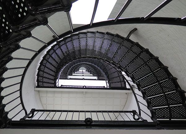 Taken from the top of a staircase, this photograph uses clever composition to draw your eye into the center of the image.