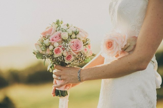 Vintage Hochzeit am Meer von Ali Paul | Hochzeitsblog - The Little Wedding…