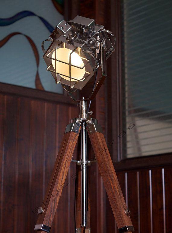 Nautische Marine handgemaakte Spot zoeklicht Tripod vloerlamp, schurende Teak Tripod vloerlamp Zoek licht