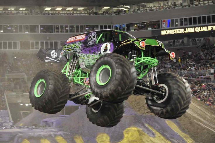 Monster Jam Revs Up to Return to Vancouver! Enter to win 4 all-age passes.