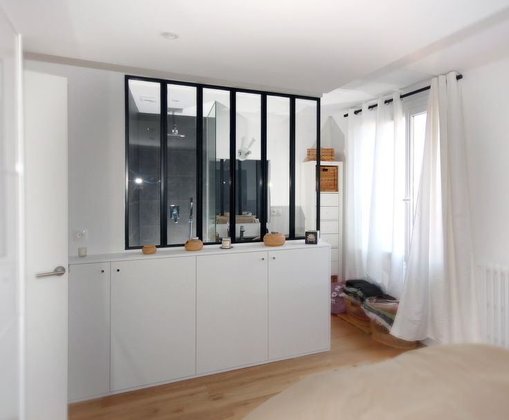 salle d'eau dans la chambre à coucher (de 16 m2)