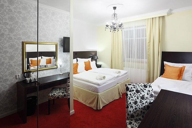 Superior Triple Room - perfektní pro rodiče s dítětem. Best Western Plus Pytloun Design Hotel**** Liberec. #pytloun #liberec #accomodation #design #stayover #ubytovani