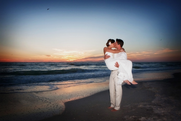 sarasota beach wedding pictures