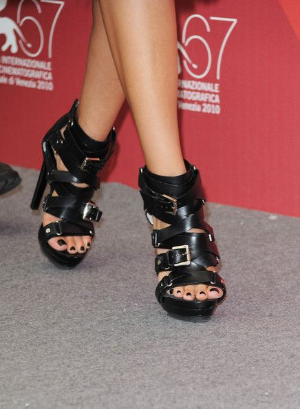 """Jessica Alba Photos Photos - Detail of shoes as Actress Jessica Alba  attends the """"Machete"""" photocall during the 67th Venice Film Festival at the Palazzo del Casino on September 1, 2010 in Venice, Italy. - Machete - Photocall:67th Venice Film Festival"""