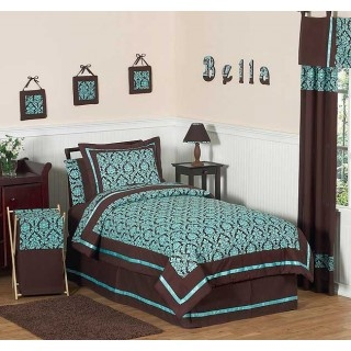 a nice color combo for a bedrom/guest room.  always liked teal and brown together