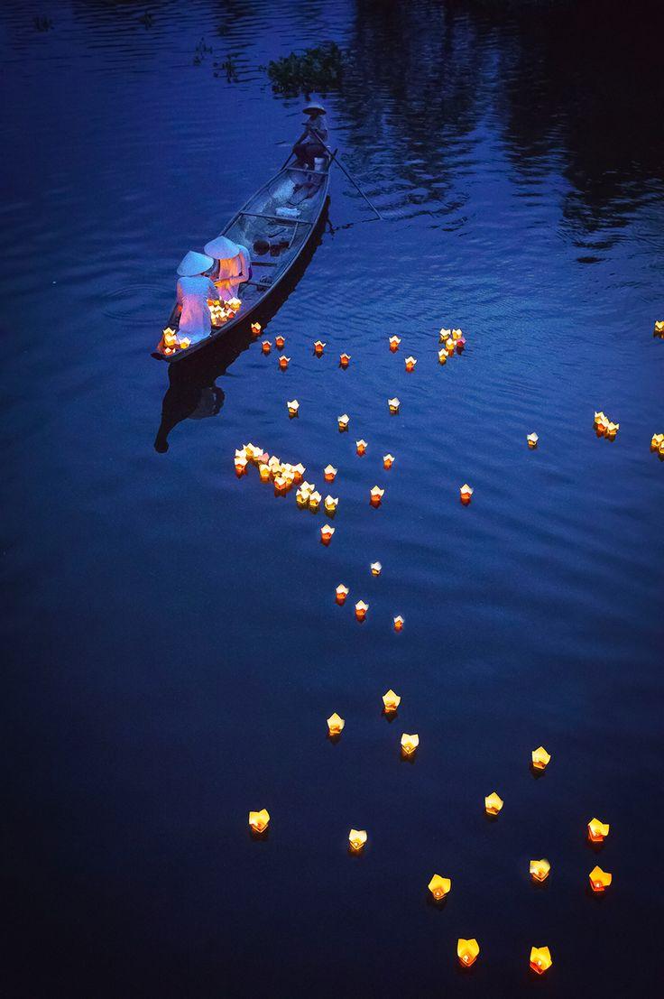 16. Praying on the river 1 by Phạm Tỵ / Picfair
