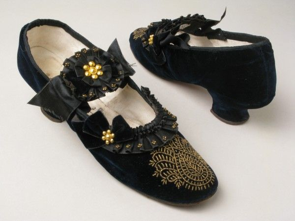 Shoes by Richard Phillips  Sons, 1870-80, Manchester City Galleries