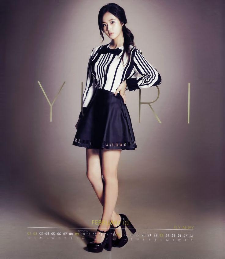 Girls' Generation 2014 Calendar /work style (but long skirt)