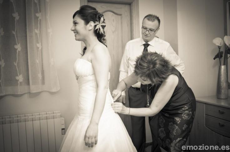 Vistiendo a la novia: Wedding, Photo, Bride