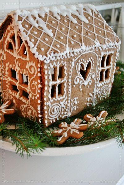 WSH loves this Norwegian ginger house. Via Vibeke.