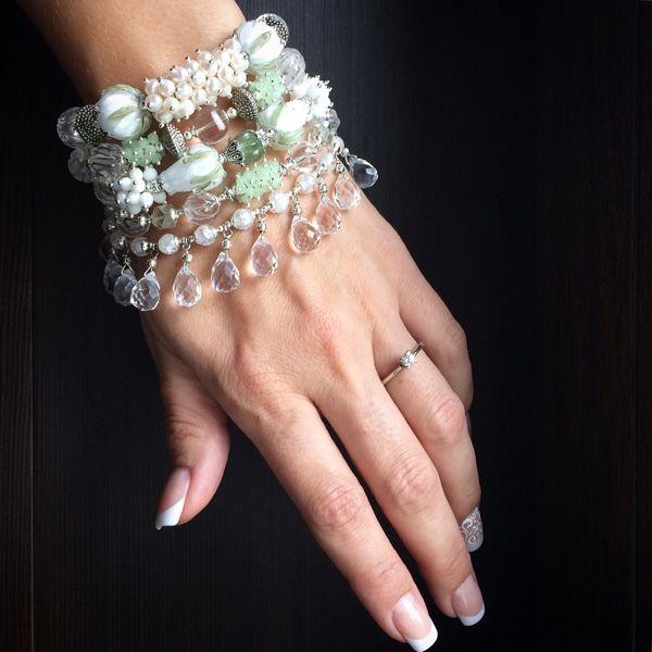"""Купить Браслет """"Нежнее нежного"""" - белый браслет, горный хрусталь, браслет с подвесками, красивый браслет"""