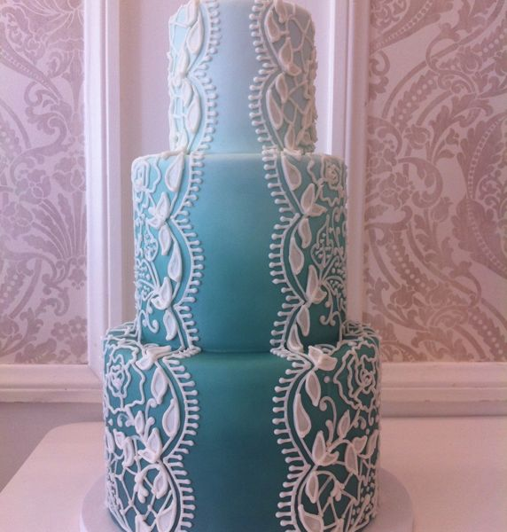 French Lace Piping on Mint Colored Fondant Cake