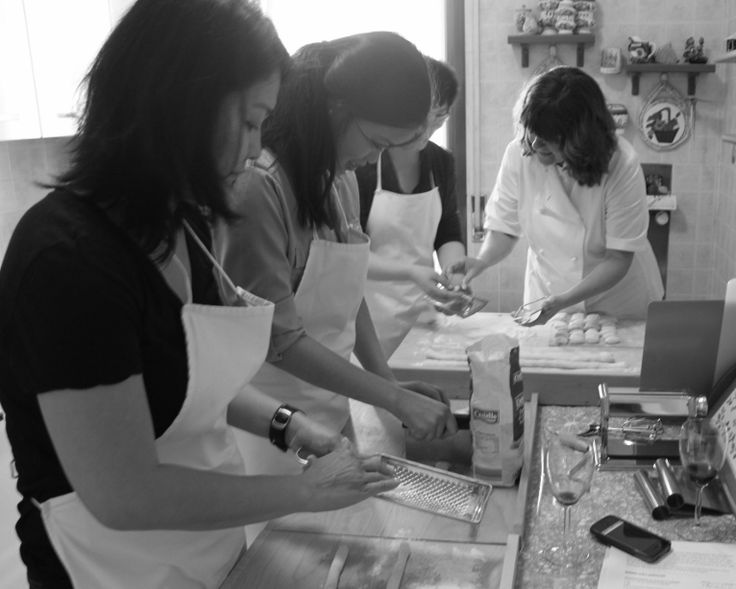 Learning to make Gnocchi at Mama Isa's #Cooking Class - http://isacookinpadua.altervista.org