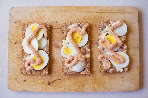 Knäckemackor with ägg and kalles kaviar by martinlofqvist, via Flickr