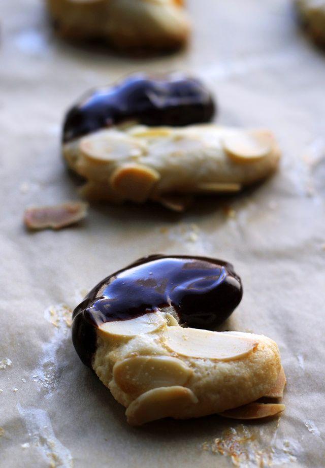 ... Cookies Chocolate, Chocolate Almond, Almonds Horns, Img 7531, Dessert