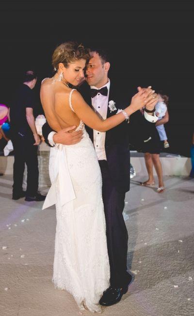 Click to enlarge image 122-mikonos-wedding.jpg