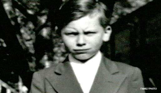 John Wayne Gacy. Chubby and unpopular at school, young John Wayne Gacy yearned for the approval of his father, but received only beatings and verbal abuse.